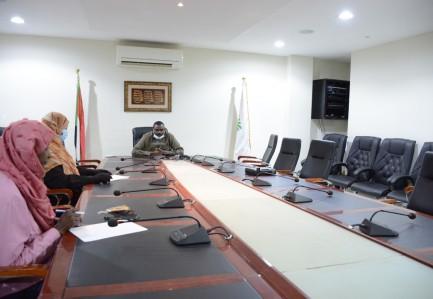 إجتماع الأمين العام يناقش  استراتيجية المشروعات الصغيرة والمتوسطة